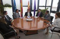 Grupo completo. Firma acuerdo Clínica Baviera y CEU Valencia