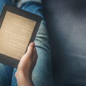 Libros electrónicos: ¿es mejor leer en papel o en una pantalla?