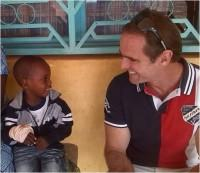 Dr. Jaime Javaloy en viaje humanitario