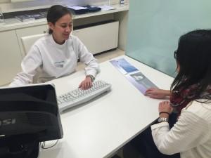 Paciente con persona de atención al paciente