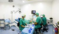 Perspectiva quirófano durante cirugía ocular