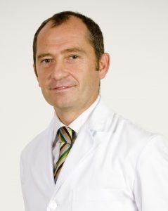 Dr. Rafael Bilbao, especialista en oftalmología