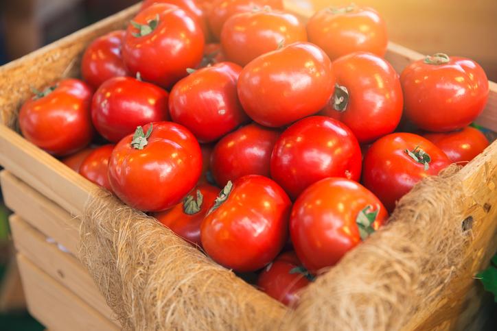 Cesto de tomates