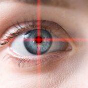 ¿En qué consiste la operación de cambio de color de ojos?