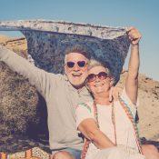 Cómo saber si unas gafas de sol son buenas: 5 tips imprescindibles