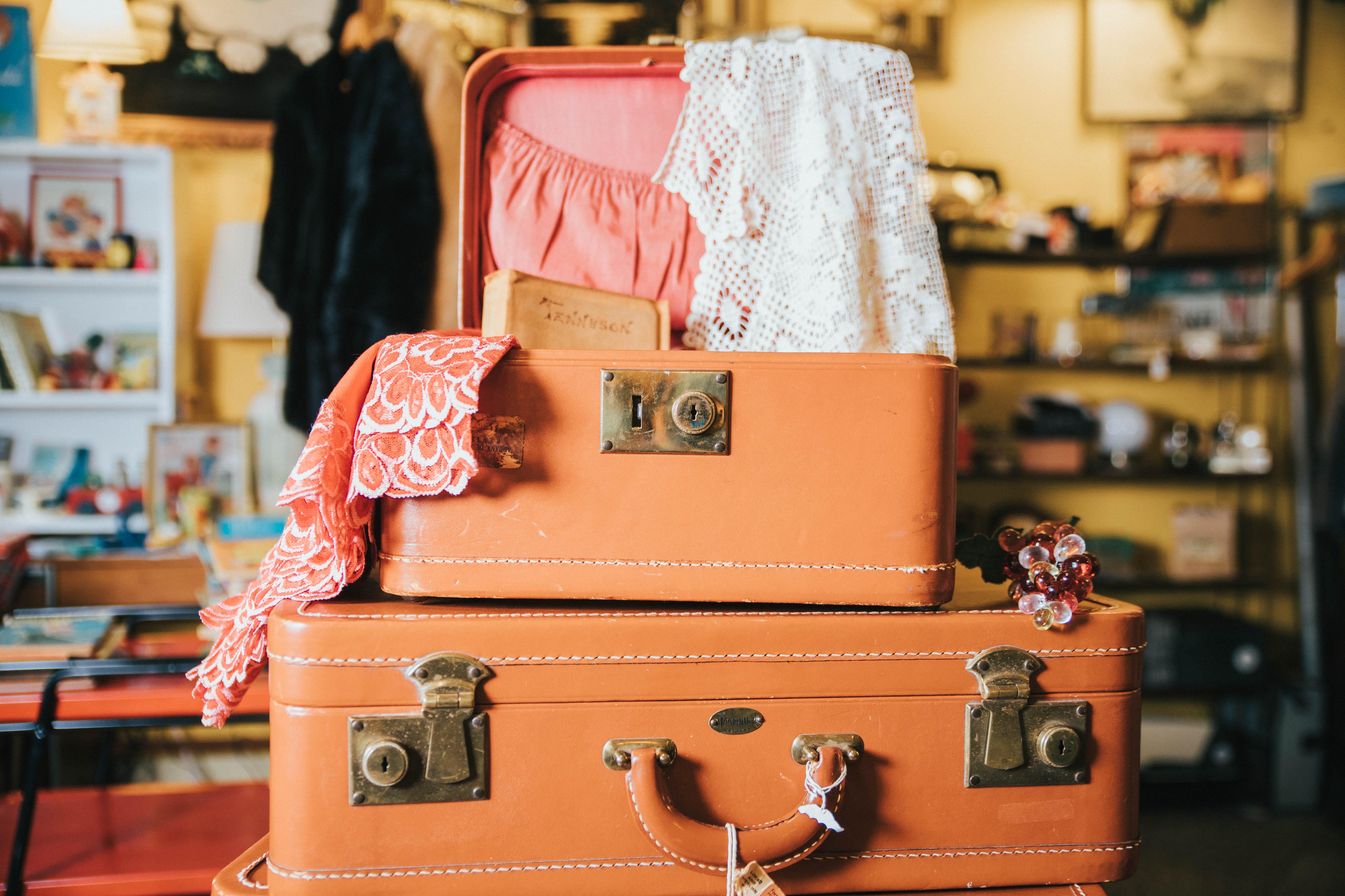 Tres maletas apiladas