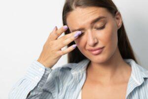 Sensación de tener algo en el ojo: remedio
