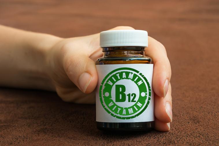 Bote de vitamina B12