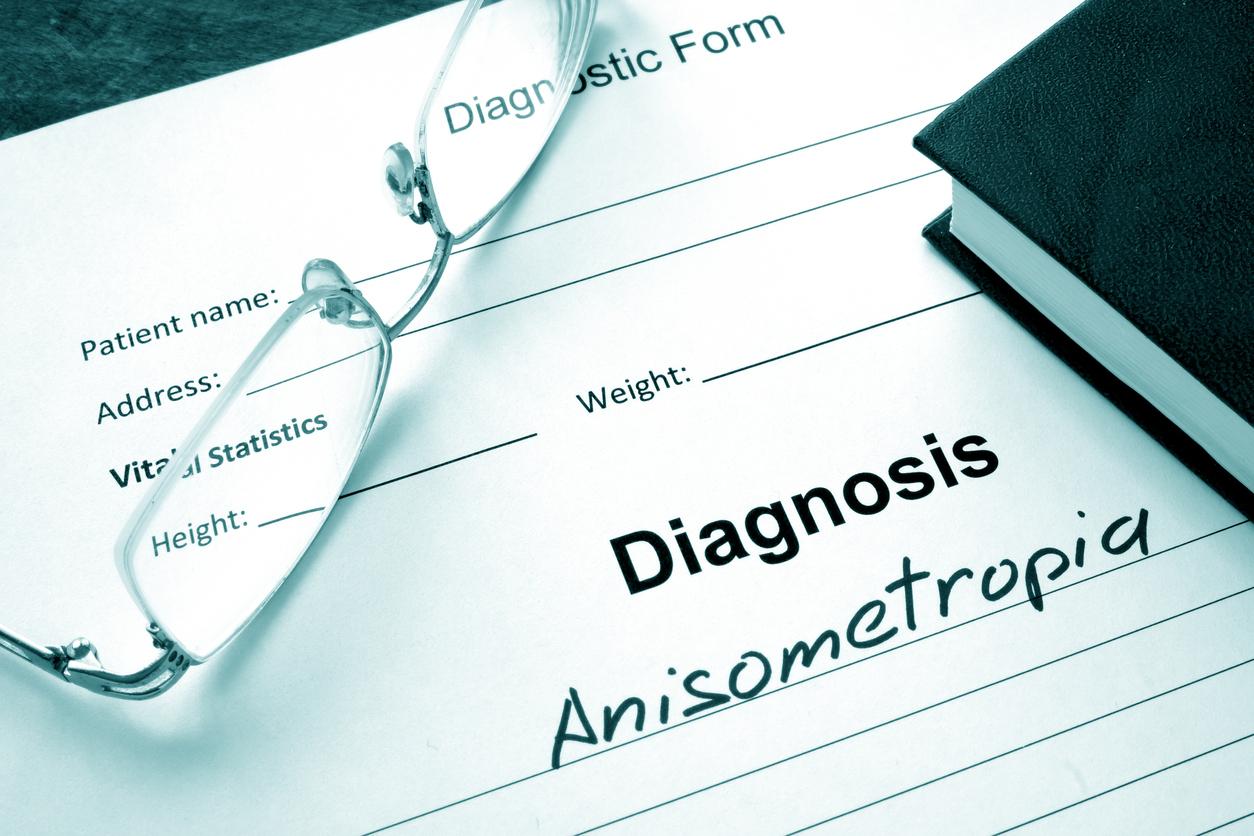 Documento con un diagnóstico de anisometropía