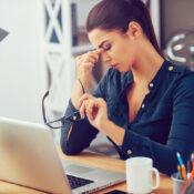 Ojos cansados: qué es la fatiga ocular o astenopia